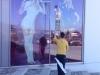 Schaufensterreinigung, Aufklebensbeseitigung, Fensterreinigung in Höhe